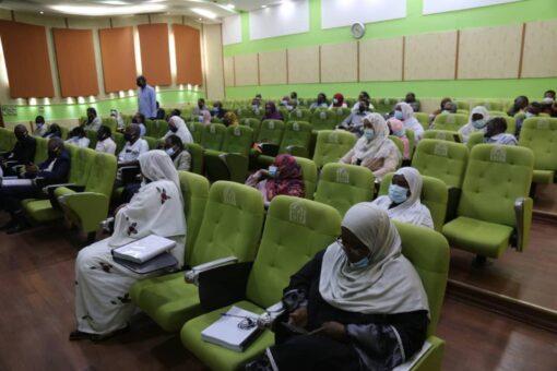 جامعة السودان تقلص منهج كلية الطب لخمس سنوات