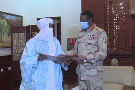 دقلو يتسلم دعوة للمشاركة في حفل تنصيب رئيس النيجر المنتخب