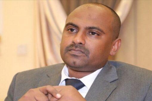 محمد الفكي يتفقد مستشفى أم روابة ويقف على معوقات الأداء