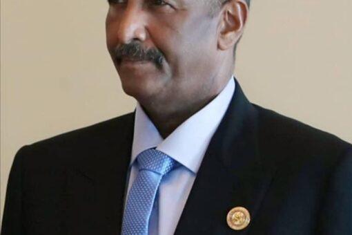 البرهان يلتقي رئيس مجلس الشورى القطري