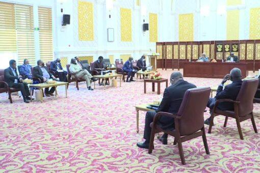 اللجنة العليا لمتابعة تنفيذ إتفاق جوبا تراجع الجداول الفنية والزمنية