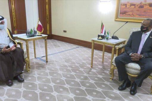 البرهان يتعهد بتذليل الصعوبات التي تواجه الإستثمارات القطرية بالسودان