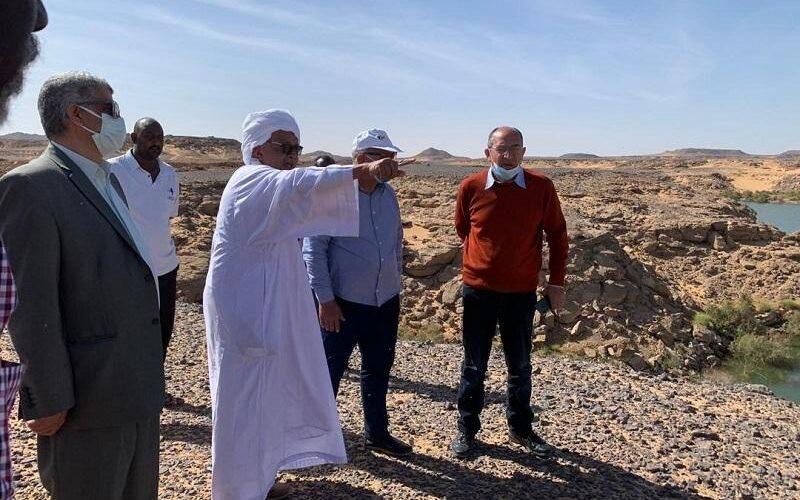 بحث تحديد مسار ربط السودان ومصر بالسكة حديد