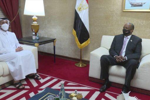 البرهان يستقبل نائب رئيس الوزراء وزير الخارجية القطري
