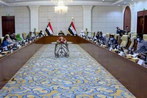 جلسة طارئة لمجلس الأمن والدفاع وصدور عددا من القرارات