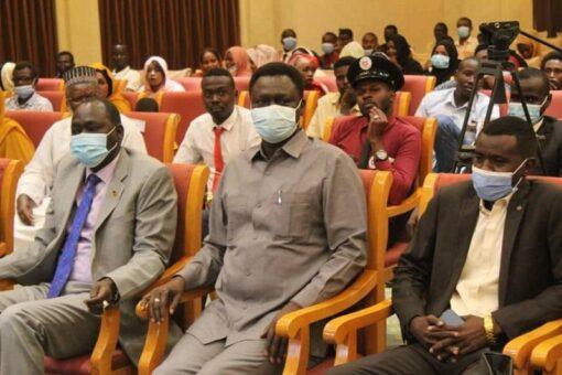 مناوي: ثورة ديسمبر المجيدة أنموذج لثورات العالم