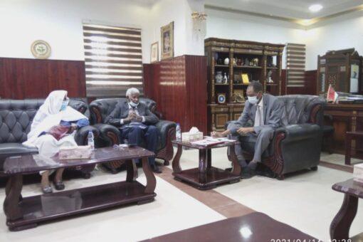 وزير الزراعة يلتقي وفد الهيئةالعربية للإستثمار والإنماء الزراعي