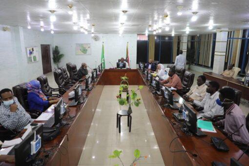 حكومة القضارف تستعرض الأداء المالي للعام٢٠٢٠م وخطط الوزارات