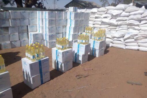 بدء توزيع السلال الغذائية للمتضررين بولاية غرب دارفور