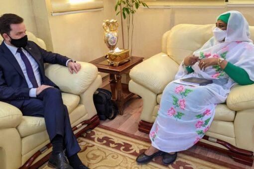 وزيرة الخارجية تبحث التعاون المشترك بين السودان وبولندا