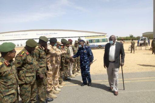 وزير الداخلية يختتم زيارته لولاية غرب دارفور