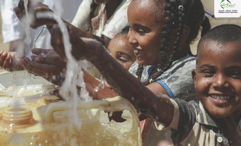 منظمة صدقات الخيرية تبدأ في تنفيذ خمس محطات سقيا