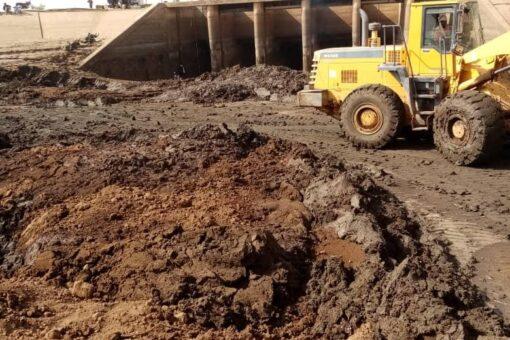 الري:إكتمال صيانة سايفون الدندر وضخ المياه لمشروع الرهد