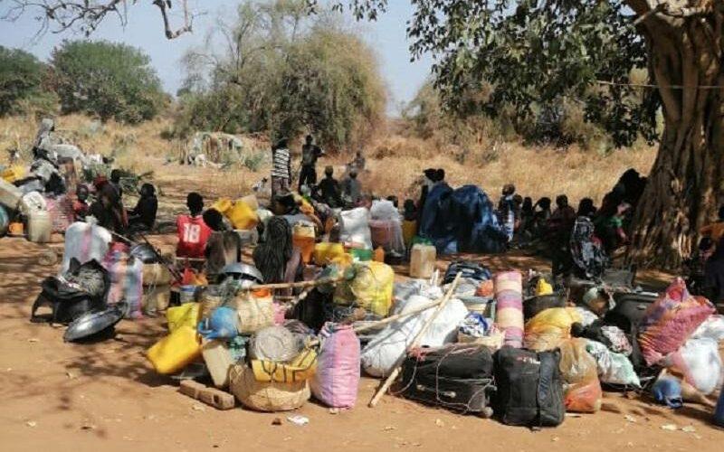 اللاجئين الاثيوبين يرفصون الترحيل لمعسكر المدينة (6) بالنيل الازرق