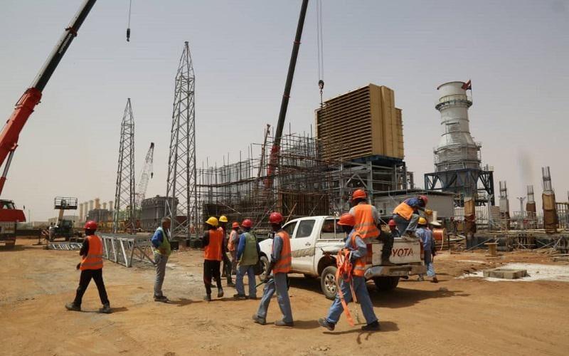 توريد2600عمود كهرباء لإنارة قرى جنوب الشريك بمحلية أبو حمد