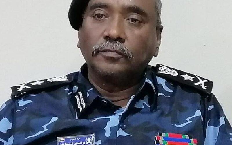 وزير الداخلية يشيد باستقرار الأحوال الأمنية والجنائية بشرق دارفور