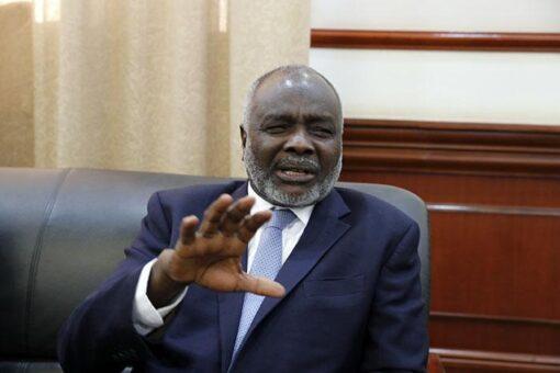 جبريل يلتقي رئيس بنك التنمية الافريقي بباريس