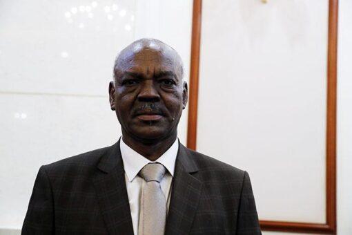 السودان يجدد اتفاقا مع شركة كندية للتعدين عن الذهب
