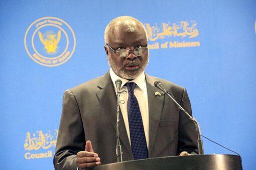 وزير المالية يقف على سير التسجيل والإستلام لبرنامج ثمرات
