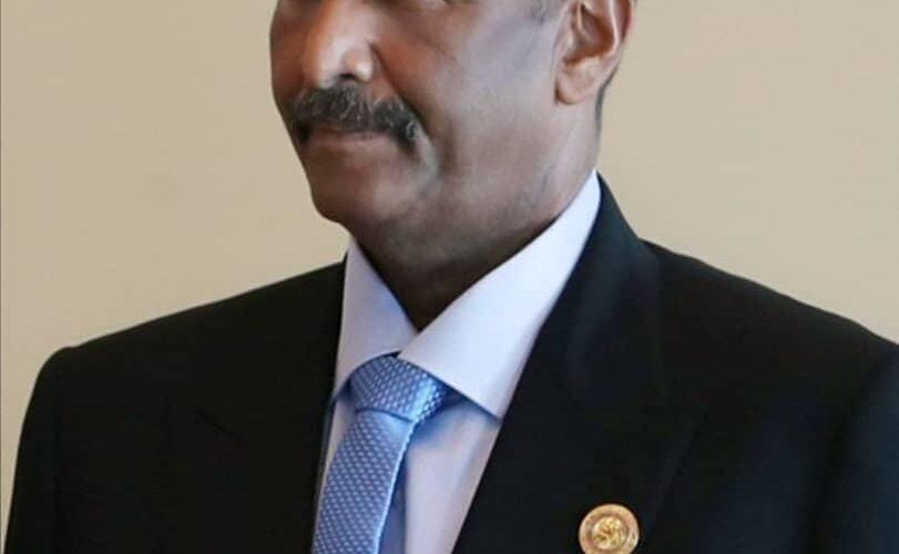 رئيس مجلس السيادة الانتقالى يتوجه الي الإمارات العربية المتحدة