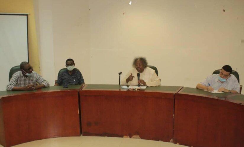 شداد يلتقي لجنة المدربين ومجلس الأكاديميات