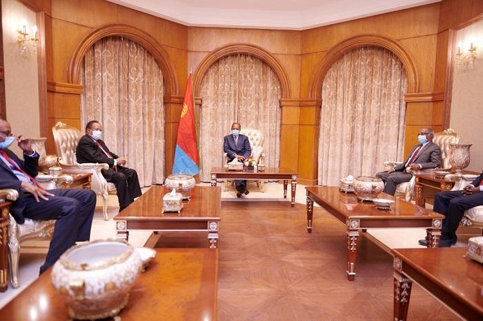 حمدوك وأفورقي يؤكدان أهمية الحوار بين دول الإقليم
