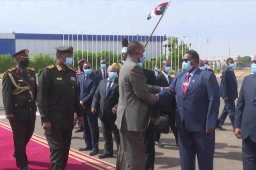 الرئيس الأريتري بختتم زيارته للبلاد