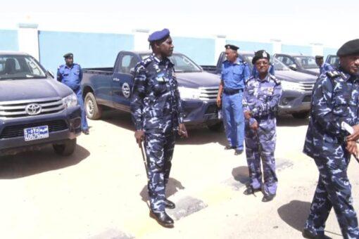شرطة الولاية الشمالية تتسلم عددا من المركبات الجديدة