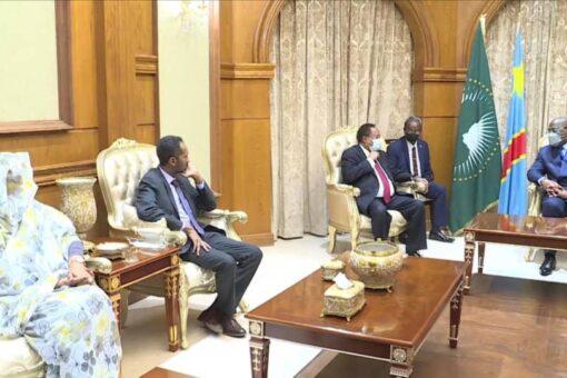 حمدوك يفدم تنزير لرئيس الكونغو