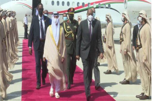البرهان يصل دولة الإمارات العربية المتحدة