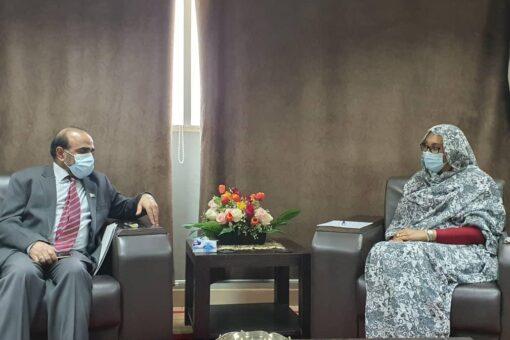 وزيرة الخارجية تتلقى دعوة من نظيرها الباكستاني لزيارة بلاده