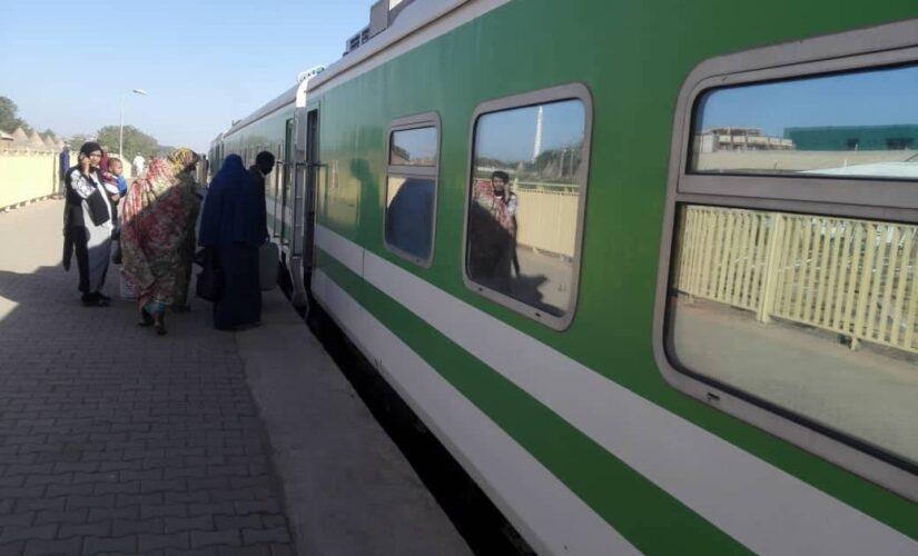 إنطلاقةرحلات قطار الجزيرة غدا الثلاثاء بعد توقف منذ يناير الماضي