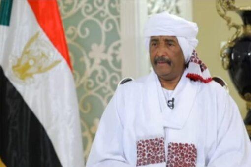 برهان يوجه خطاباً للأمة السودانية بمناسبة عيد الفطر المبارك
