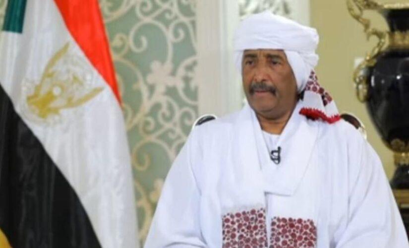 البرهان يتلقى إتصالاََ هاتفياََ من الرئيس المصري بمناسبةعيد الفطر