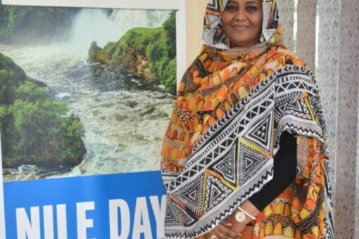 مريم الصادق تزور مقر سكرتارية مبادرة حوض النيل