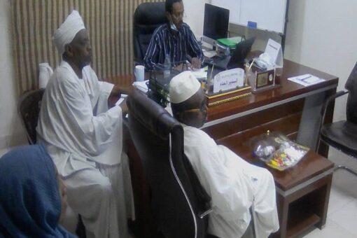 مدير نظافة الخرطوم يجتمع بغرفة طوارئ العيد للنظافة