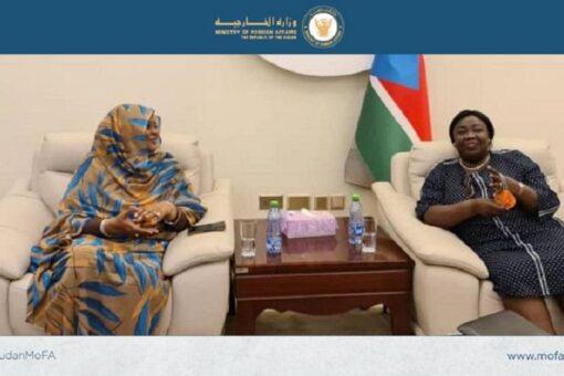 وزيرة الخارجية تلتقي نظيرتها في جنوب السودان بجوبا