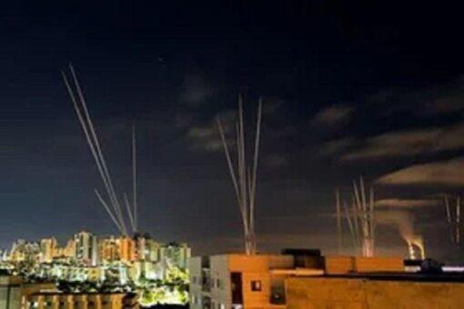 إسرائيل تقصف منزل زعيم حماس بغزة ودخول القتال يومه السابع