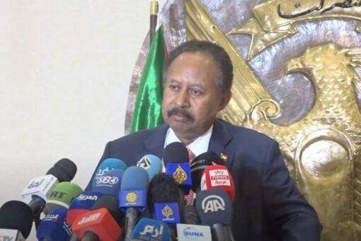 رئيس الوزراء: العالم سعيد بثورتنا وأوضاعنا الداخلية تحدي سوداني
