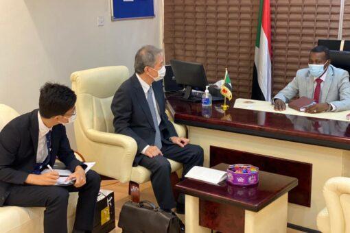 وزير الطرق والجسور والسفير الياباني يبحثان العلاقات الثنائية والتعاون
