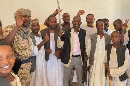 القائد العام للعدل والمساواة الثوريه يشيد بقطاعات شرق السودان