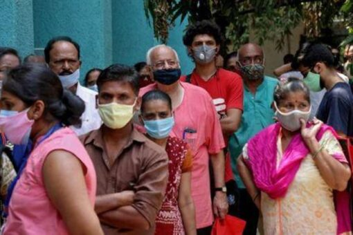 كوفيد ينتشر في ريف الهند وارتفاع الوفيات اليومية فوق 4000
