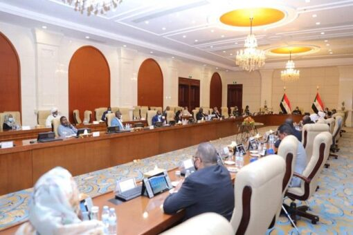 البرهان يرأس إجتماع المجلس الأعلى للسلام وحسم تعيين الولاة غدا