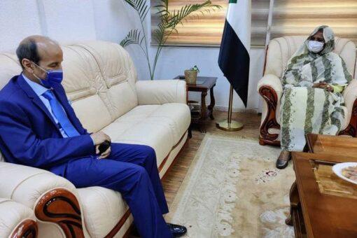 وزيرة الخارجية تستقل سفير المملكة المغربية بالسودان