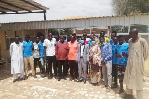مديرا الشباب والرياضة والزراعة بشمال دارفور يتفقدان معسكر فريق التحرير