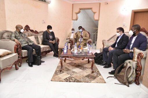 حاكم إقليم دارفور يلتقى المدعية العامة للمحكمة الجنائية الدولية
