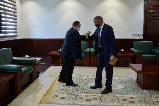 حمدوك يلتقي سفير جمهورية الصومال الفيدرالية
