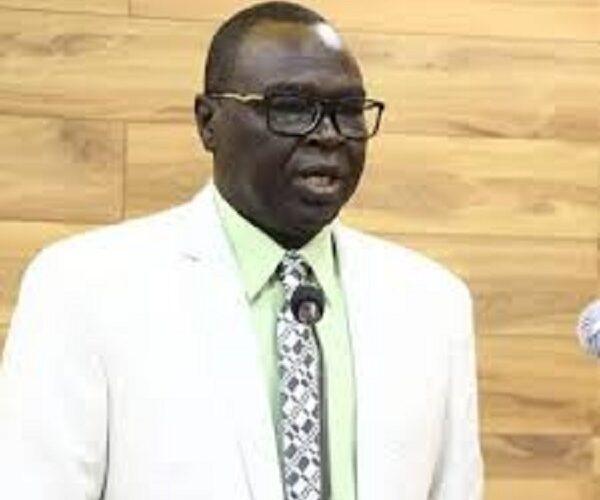 صديق تاور يعود للبلاد بعد زيارة رسمية لجنوب السودان