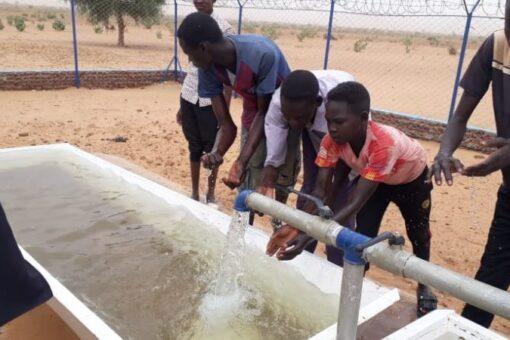 تشكيل لجنة فنية وإدارية لدراسة تصريف مياه الفاشر