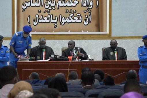 محكمة مدبري إنقلاب 30 يونيو تتسلم مذكرات إحتجاج هيئة الدفاع